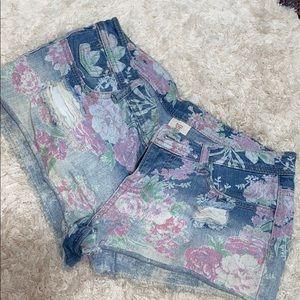 Settle floral print jean shorts